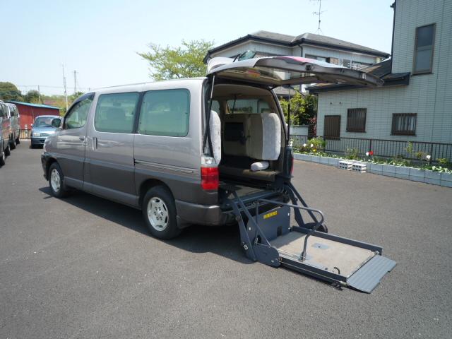 グランビア車椅子1台+健常者6人=7人乗り・548