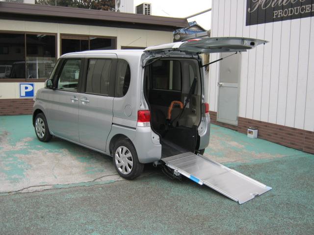 タント福祉車両・車椅子スロープ仕様・4人乗り・675