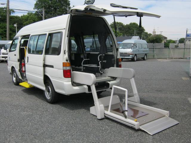 ハイエース 福祉車両 車椅子リフト 8人+2基=10人乗り ・648