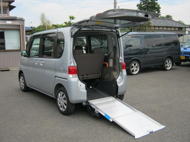 タント福祉車両・車椅子スロープ仕様・4人乗り・723