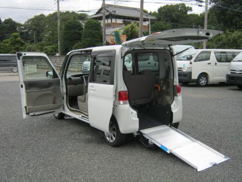 タント福祉車両・車椅子スロープ仕様・4人乗り・ナビ・TV・ETC・767