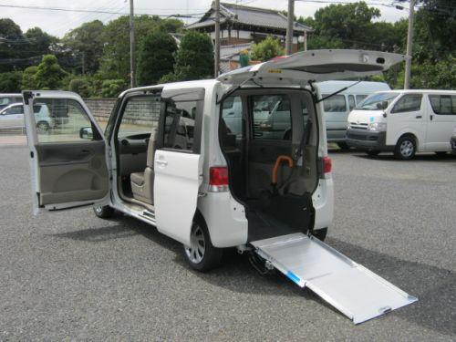 タント福祉車両・車椅子スロープ仕様・4人乗り・ナビ・TV・ETC・768